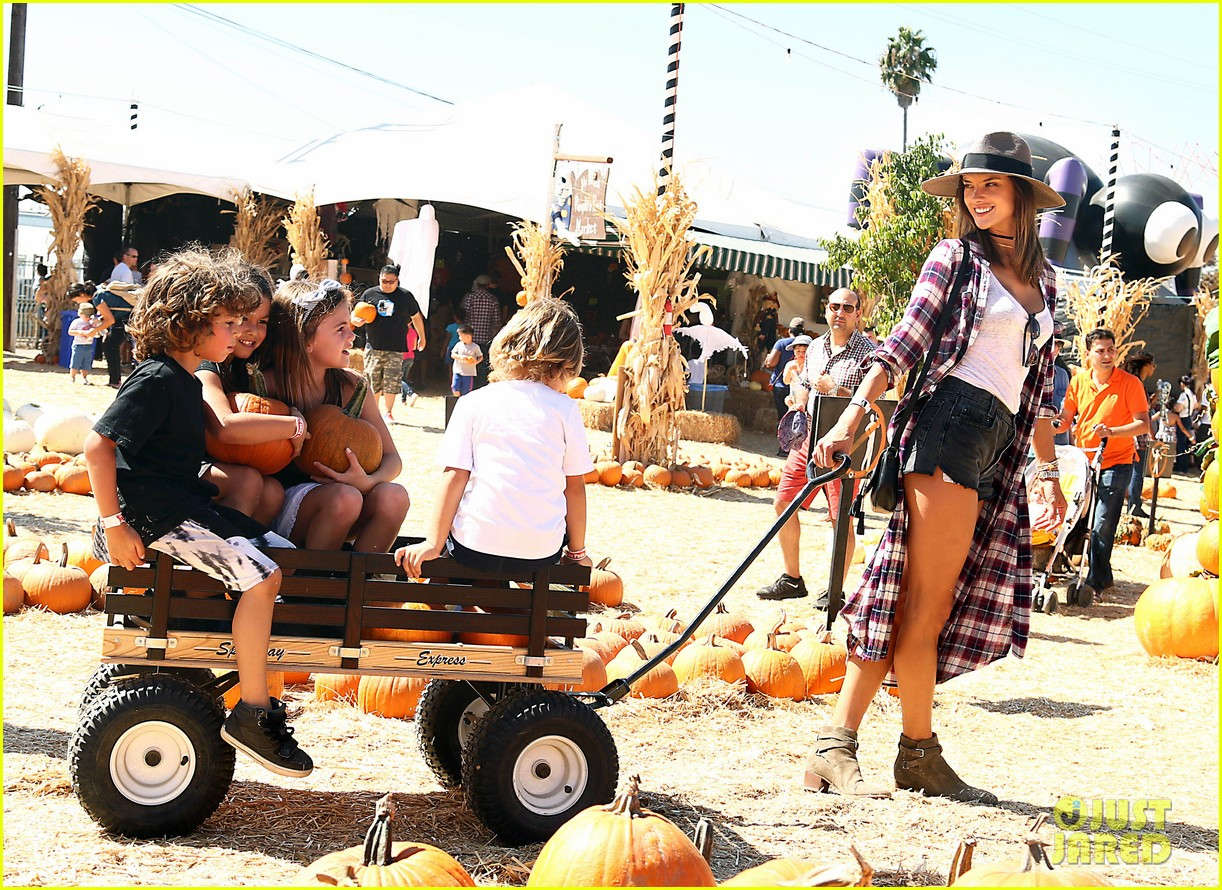 alessandra ambrosio visits a pumpkin patch with her kids 163782607