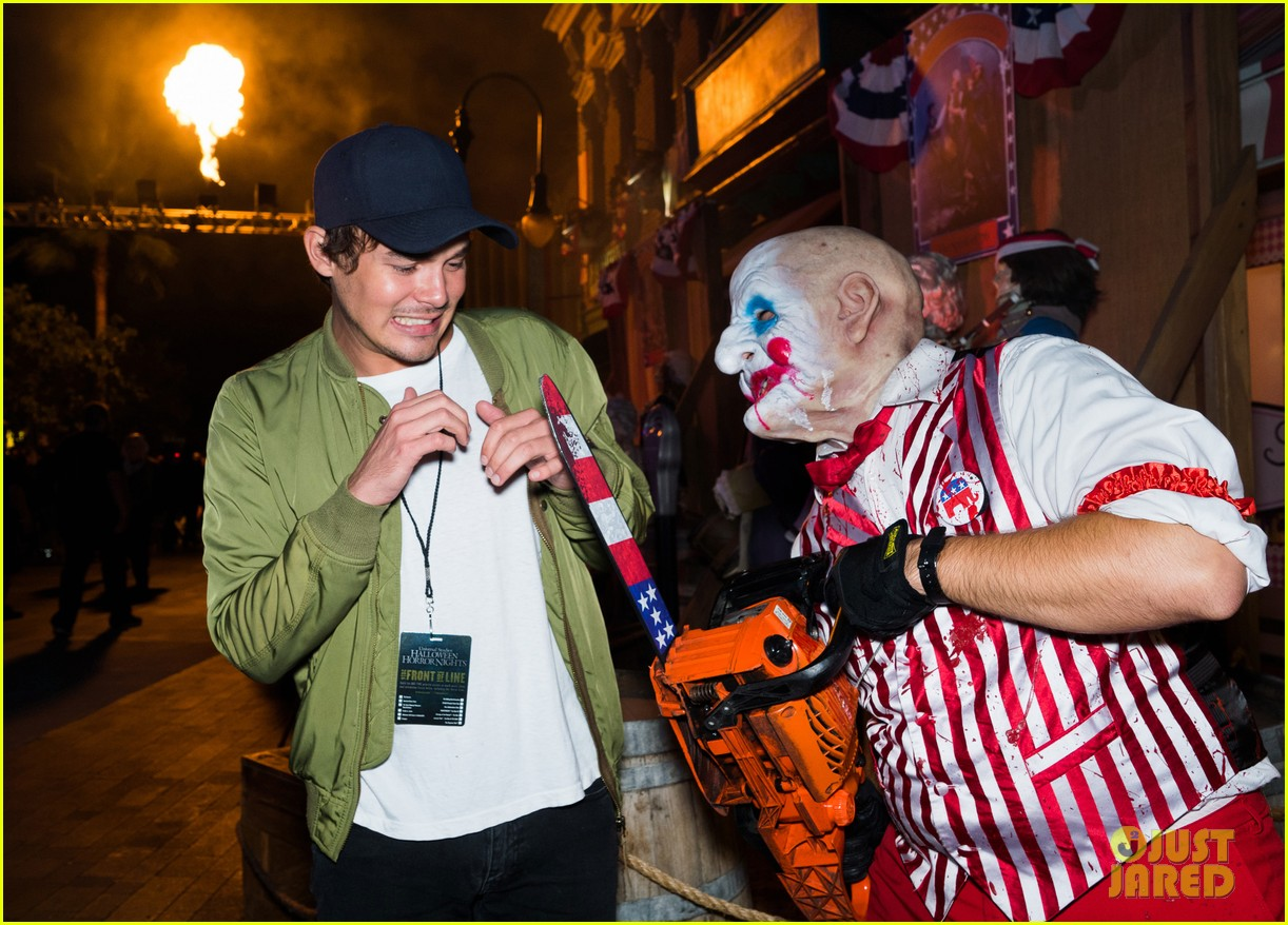 bella thorne tyler posey couple up at halloween horror nights 053777707