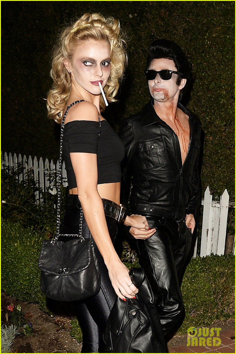 matthew bellamy does bloody grease costume with elle evans 023796754