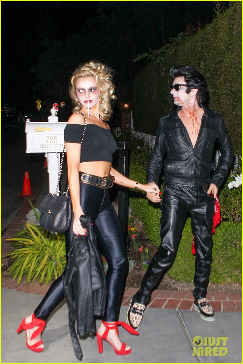 matthew bellamy does bloody grease costume with elle evans 123796764