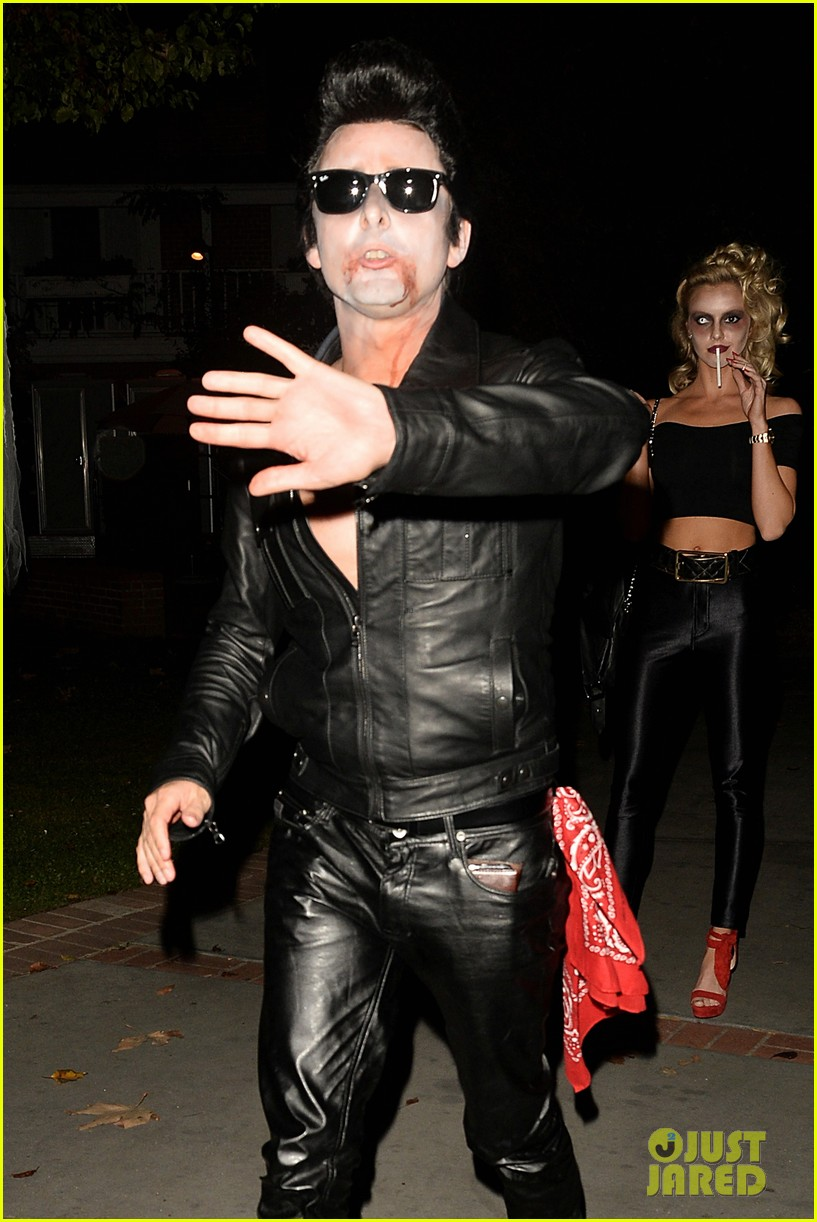matthew bellamy does bloody grease costume with elle evans 163796768