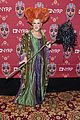 bette midler dresses up as hocus pocus for halloween 01