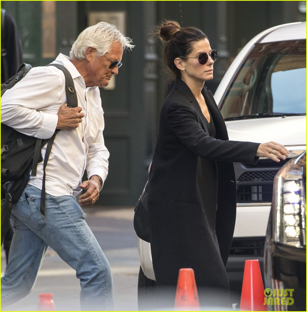 Who Is Married To Sandra Bullock