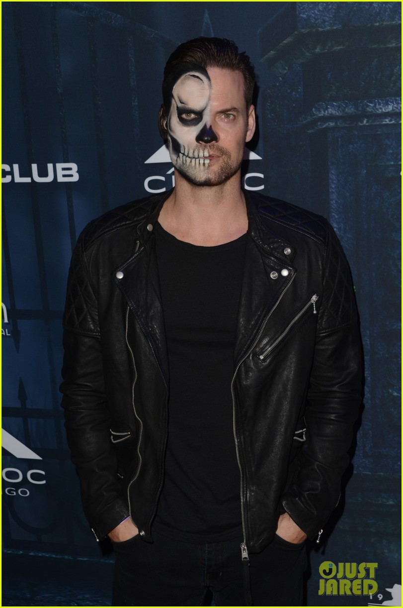 chris brown maxim 2016 halloween party 033791732