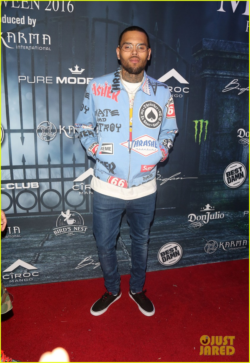 chris brown maxim 2016 halloween party 063791735