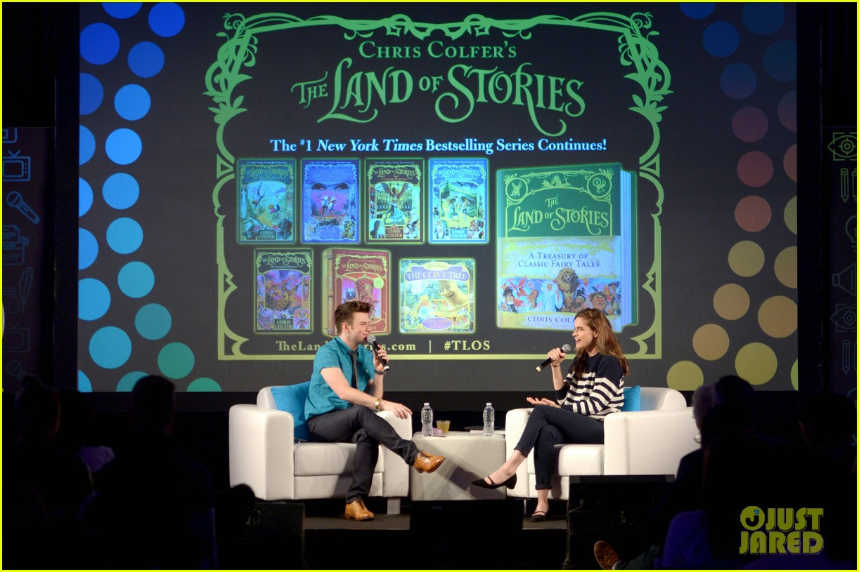 About Photo #: 3798181 Chris Colfer gets interviewed by Amanda Peet on stage at Entertainment Weekly's 2016 PopFest held at The Reef on Sunday (October 30) in Los Angeles. The 26-year-old… Read More Here