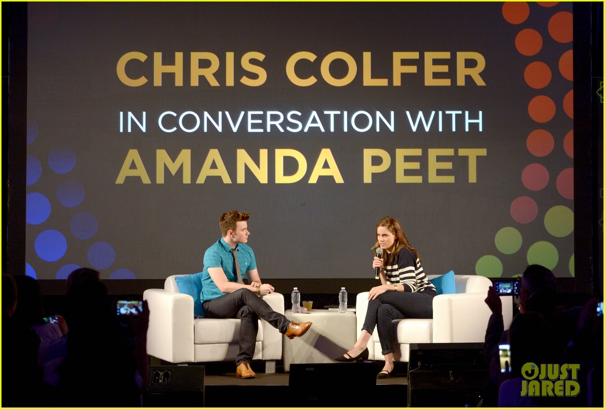About Photo #: 3798188 Chris Colfer gets interviewed by Amanda Peet on stage at Entertainment Weekly's 2016 PopFest held at The Reef on Sunday (October 30) in Los Angeles. The 26-year-old… Read More Here