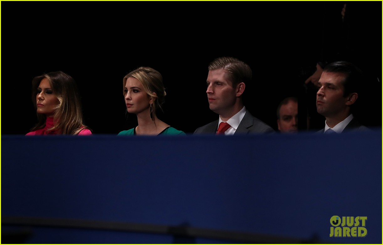 hillary clinton donald trumps families support at debate 2016 233781993