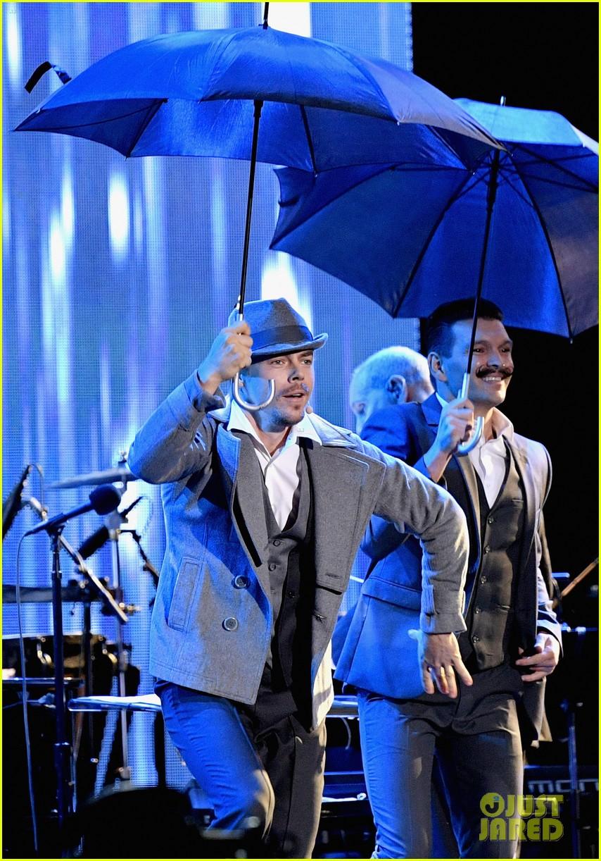 derek hough mptf anniversary performance dwts practice hayley erbert troupe 093775658