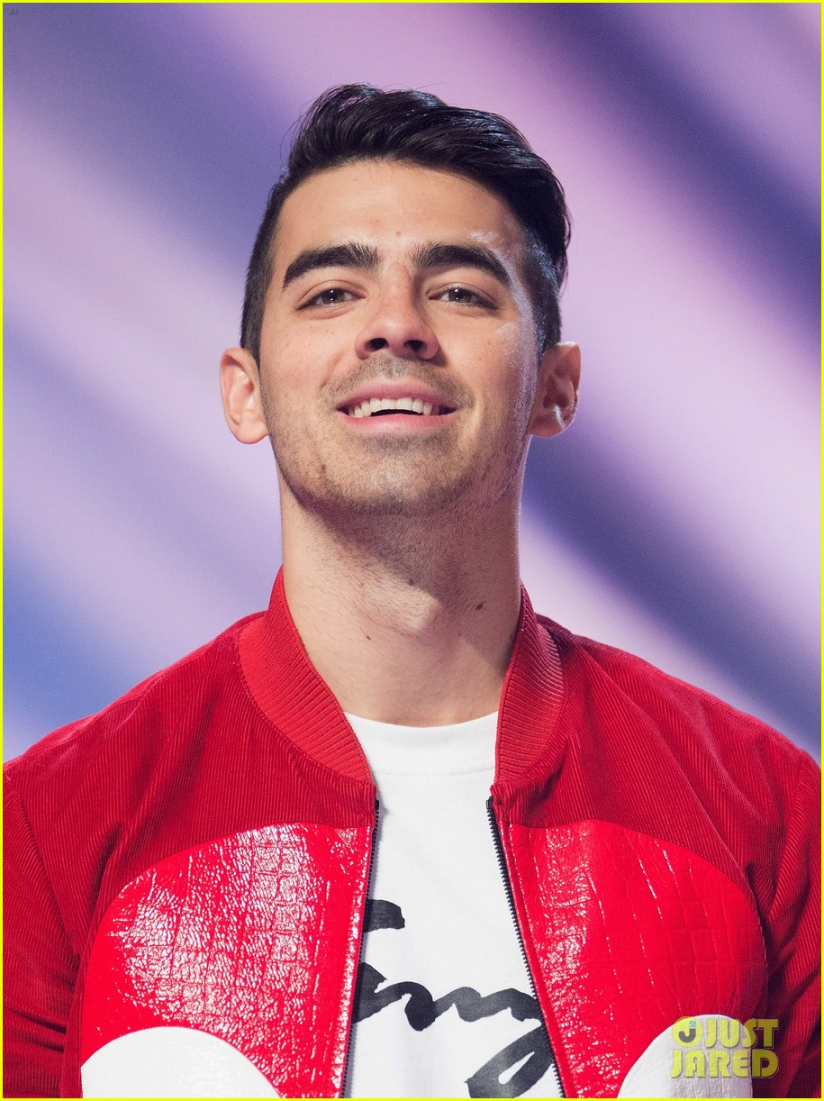 dnce brings the party to bbc radio 1 teen awards!: photo 3791779