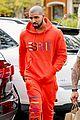 drake wears orange sweats for lunch 13