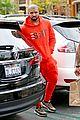 drake wears orange sweats for lunch 16