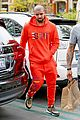 drake wears orange sweats for lunch 20