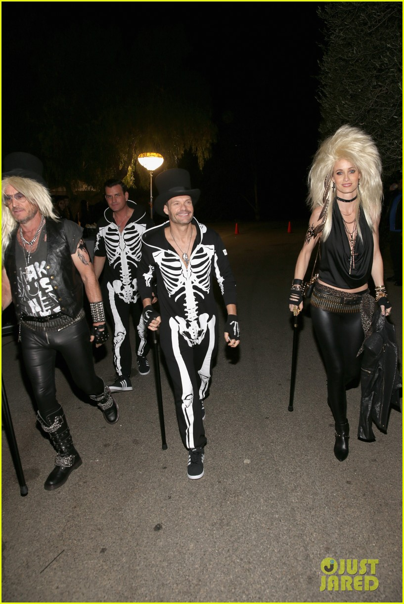 hilary duff boyfriend jason walsh casamigos halloween party 093796539