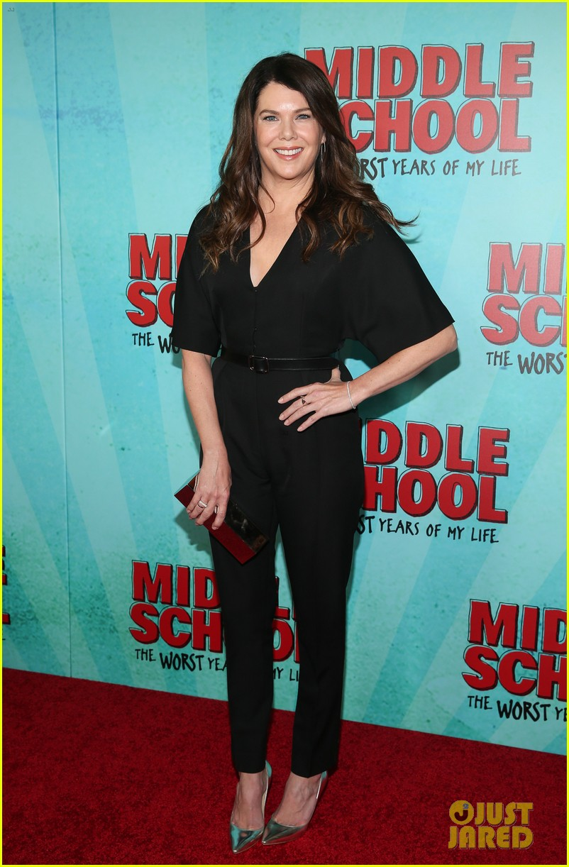 lauren graham premieres middle school the worst years of my life in nyc 073775487
