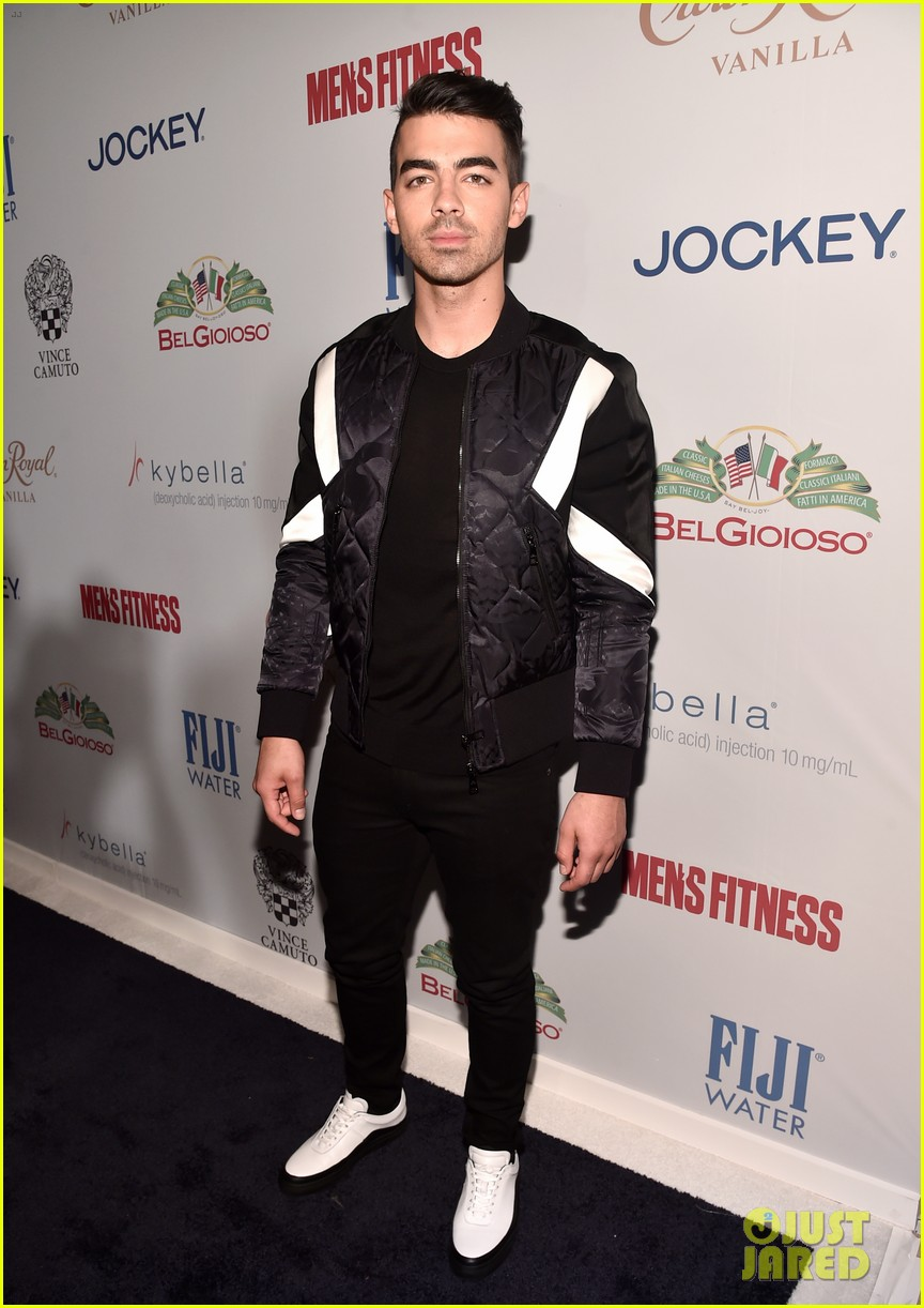 joe jonas james maslow mens fitness party 023782964