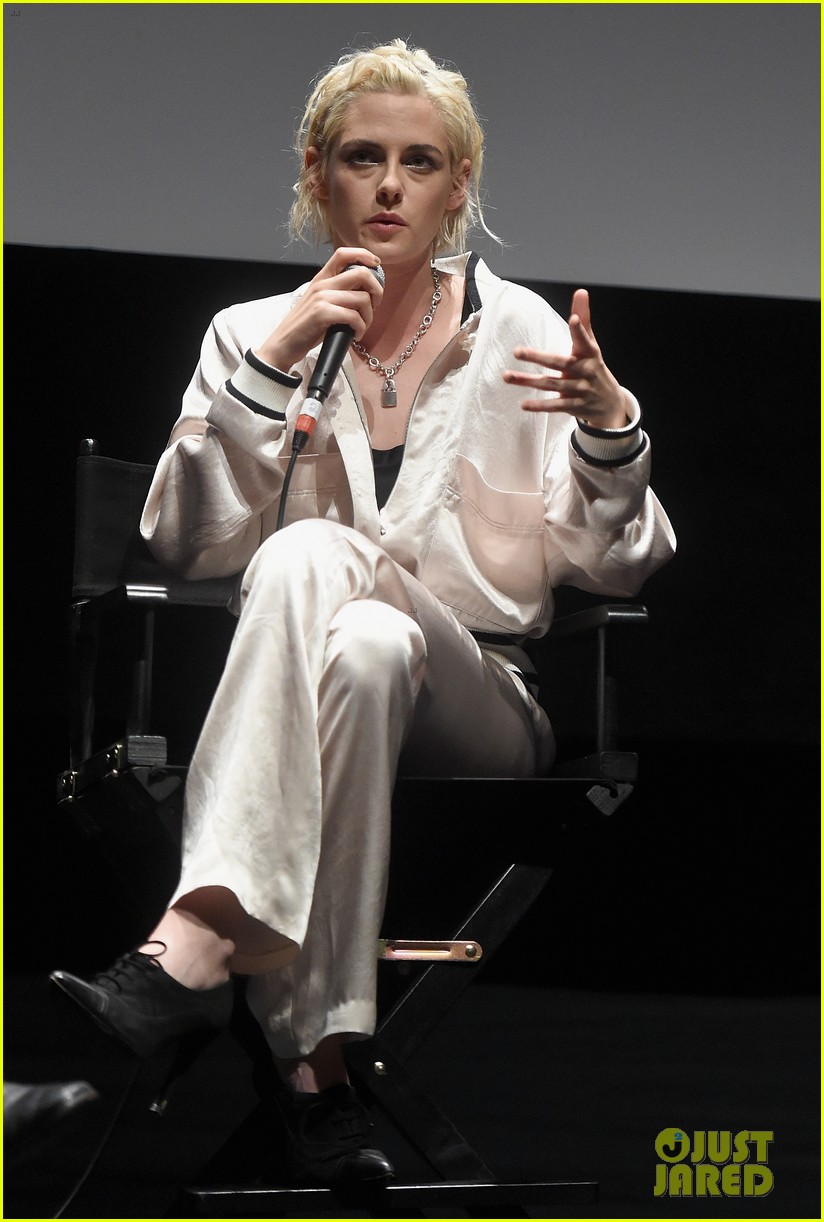 kristen stewart says we are all stalkers 083780733