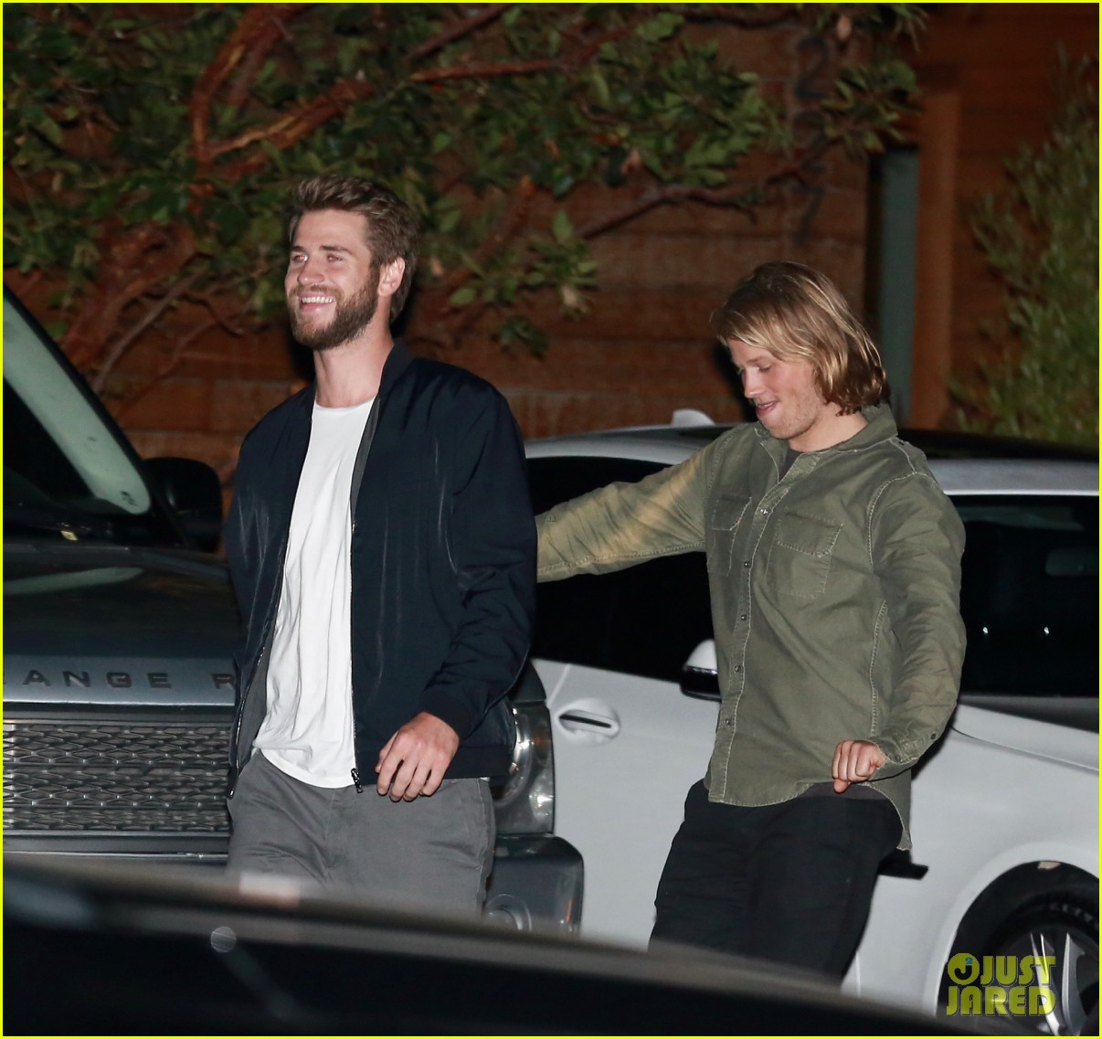 liam hemsworth goofs around in malibu 153788705