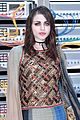 courtney love takes daugther frances bean cobain to chanel fashion show 10