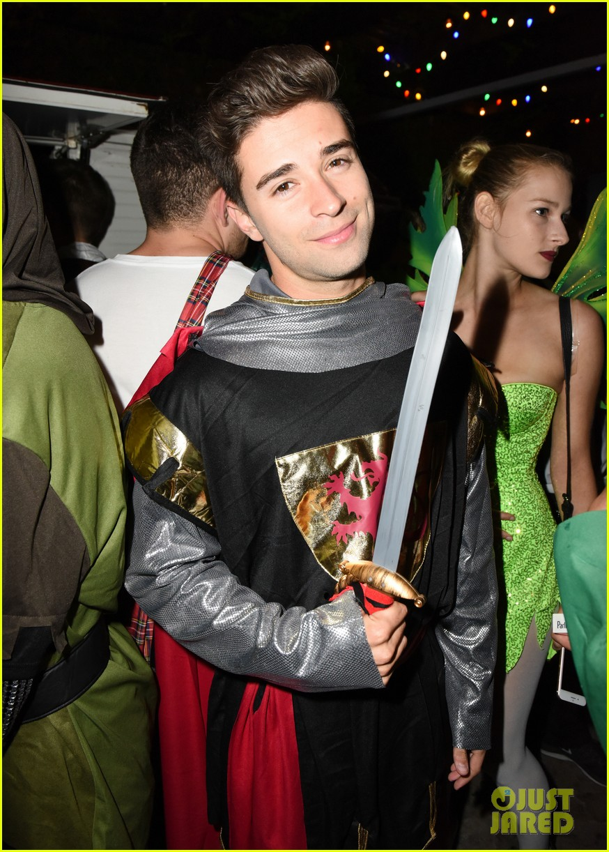 ross lynch courtney eaton couple up at just jared halloween party 043798448