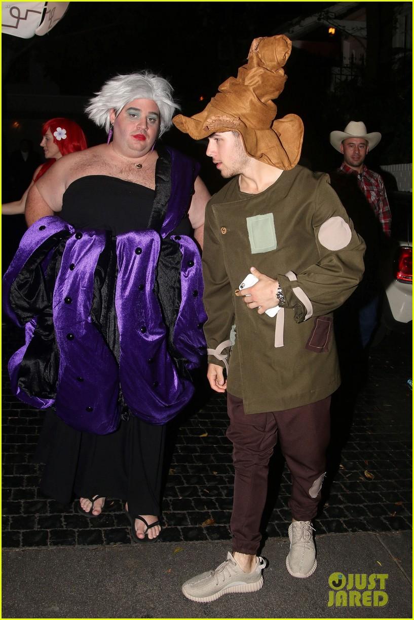 nick jonas scarecrow costume 2016 halloween 053797561