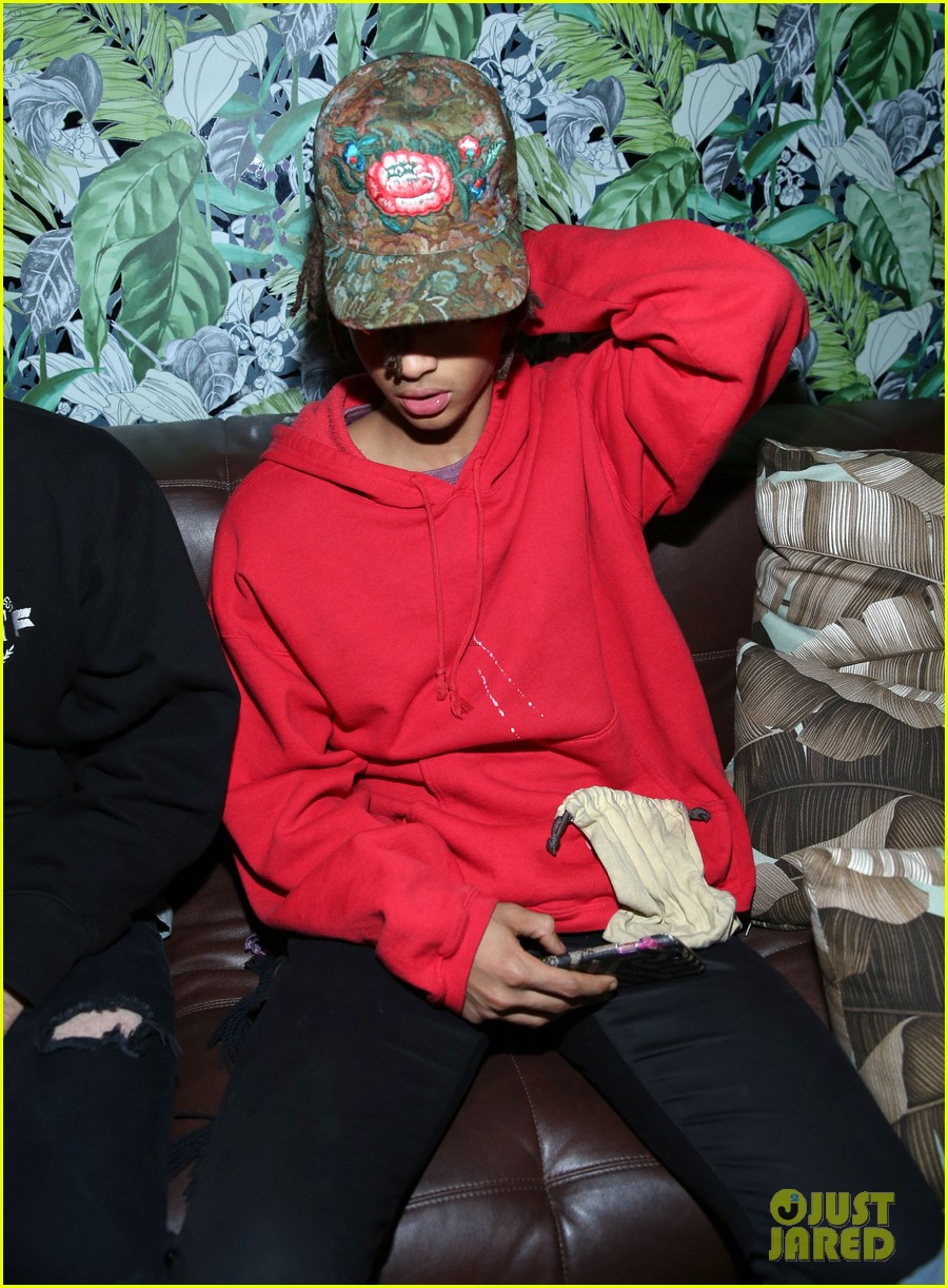 jaden smith steps out to support nylons october it girl tinashe 053785936