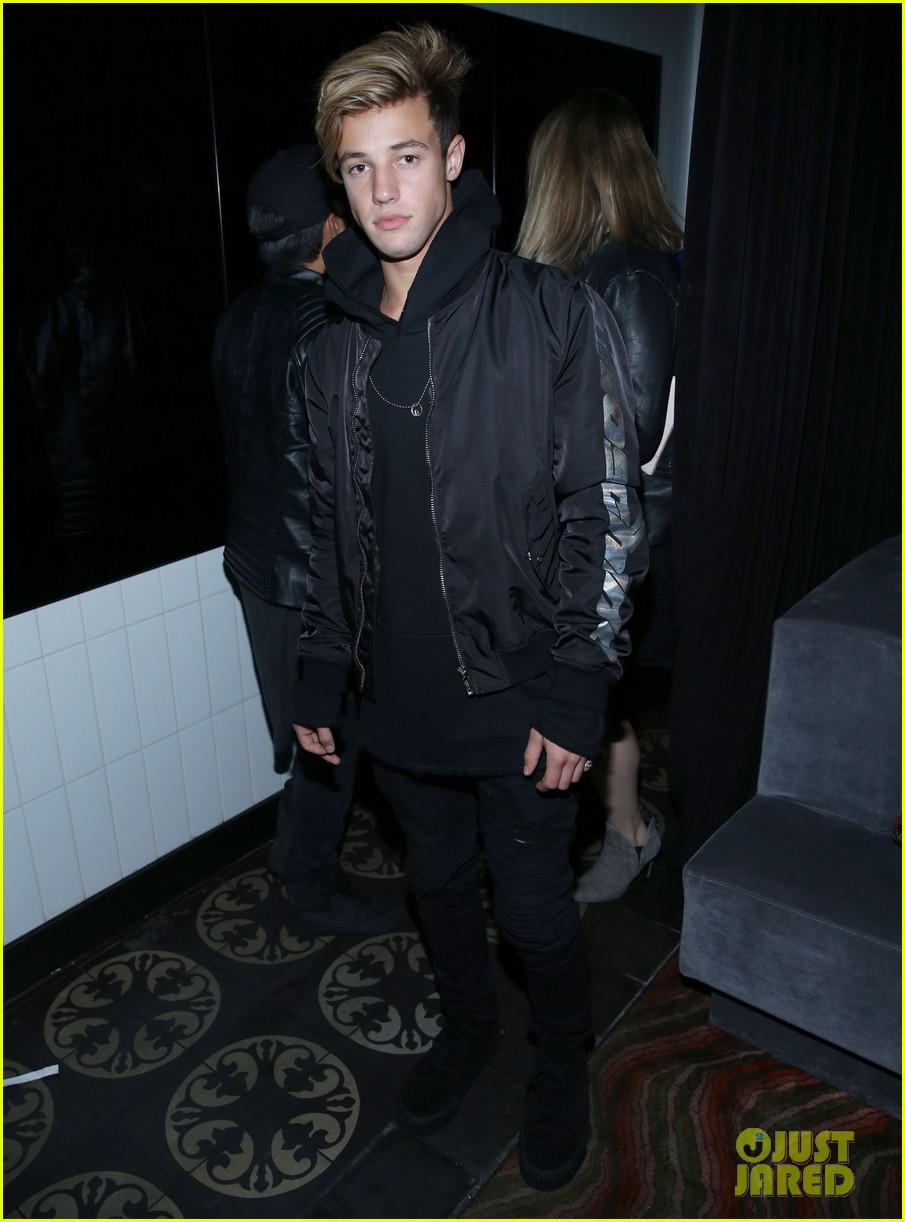 jaden smith steps out to support nylons october it girl tinashe 063785937