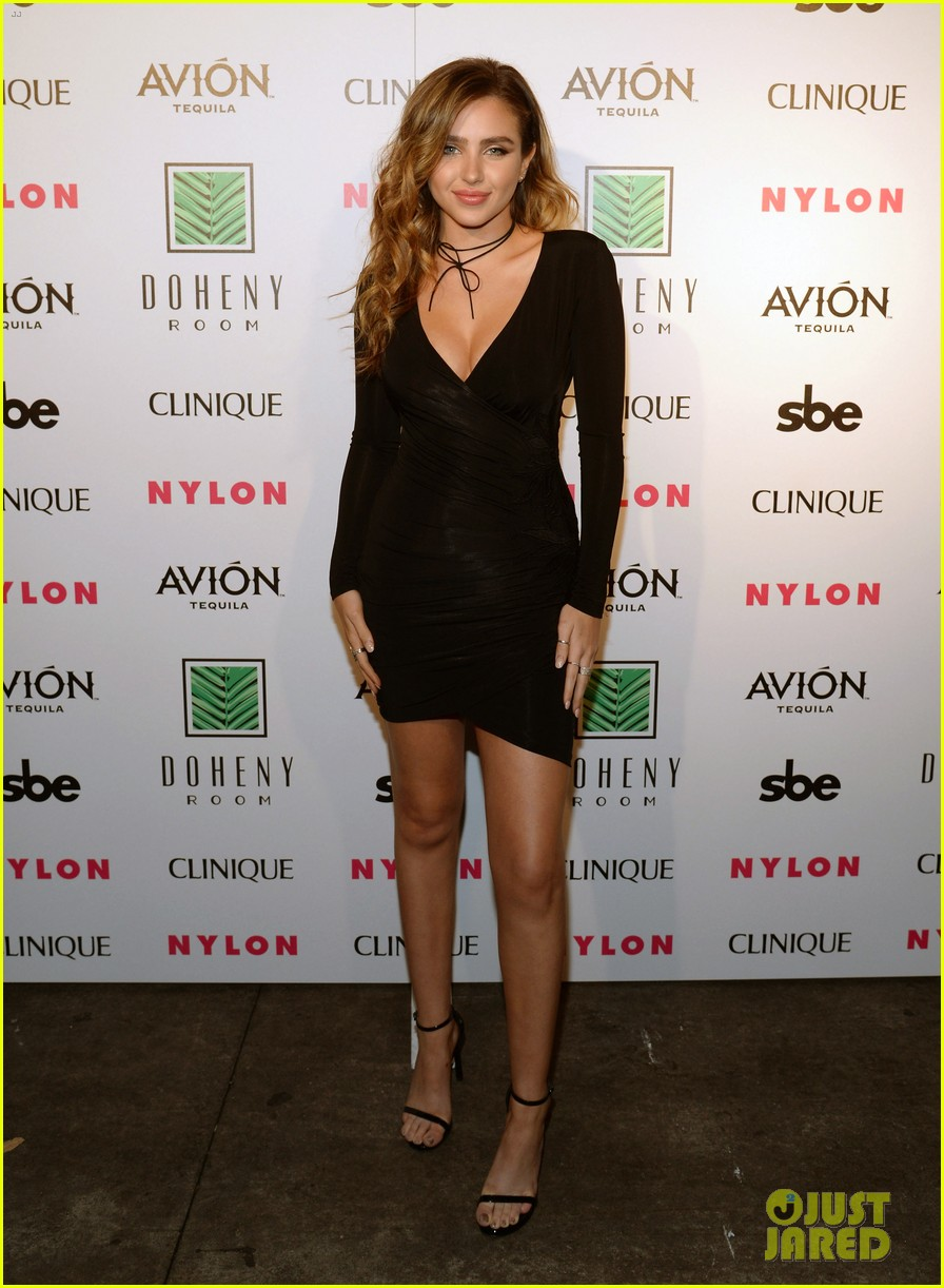 jaden smith steps out to support nylons october it girl tinashe 083785939