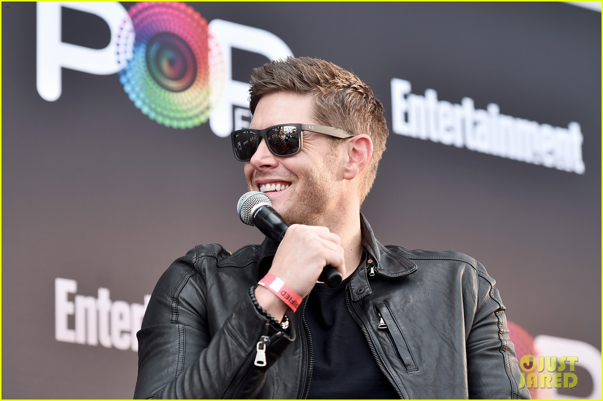 jared padalecki and jensen ackles bring supernatural to ew  popfest 013796957