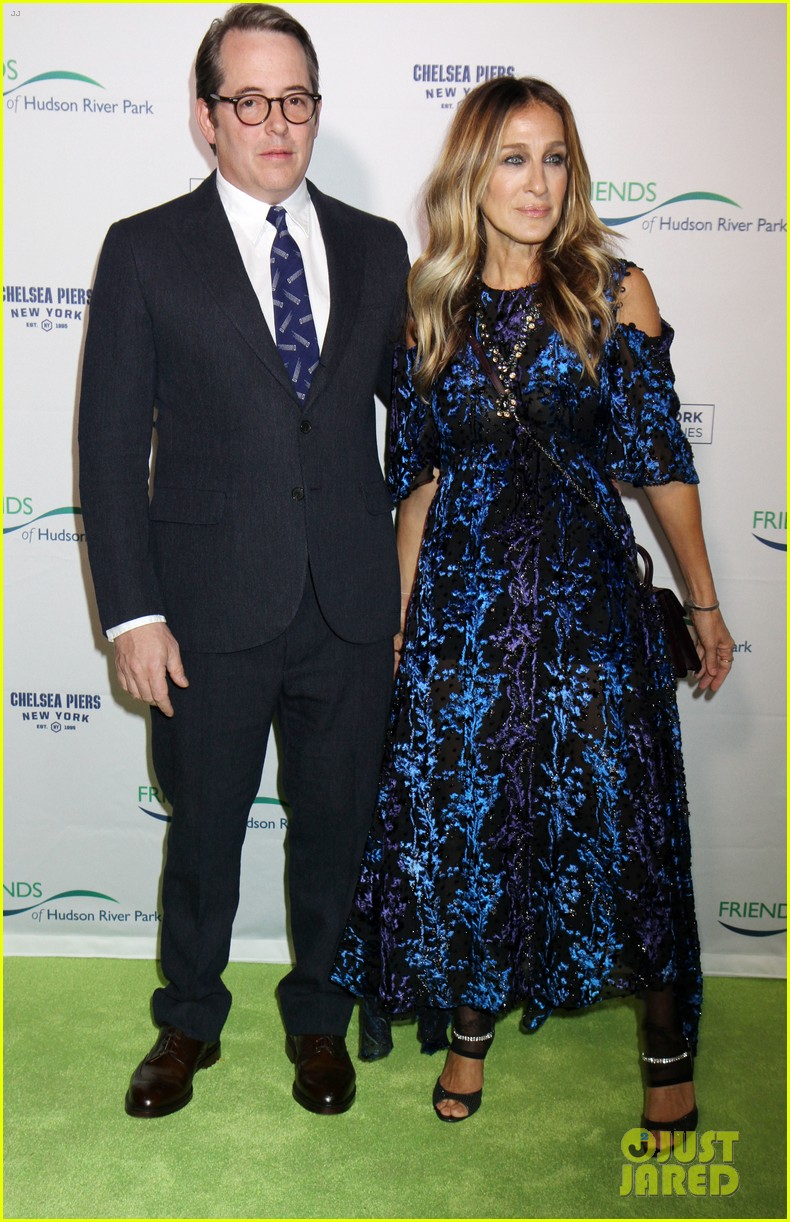 sarah jessica parker says robert downey jr relationship taught her how to love 073785655