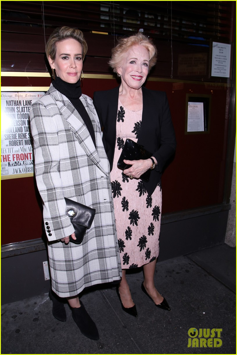 sarah paulson supports girlfriend holland taylor at the front page broadway 013790389