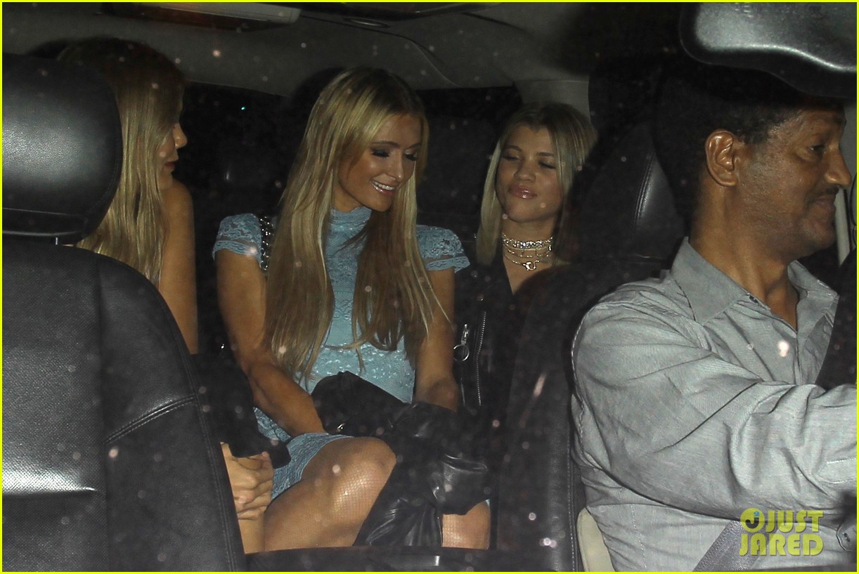 sofia richie holds hands paris hilton catch 233789816