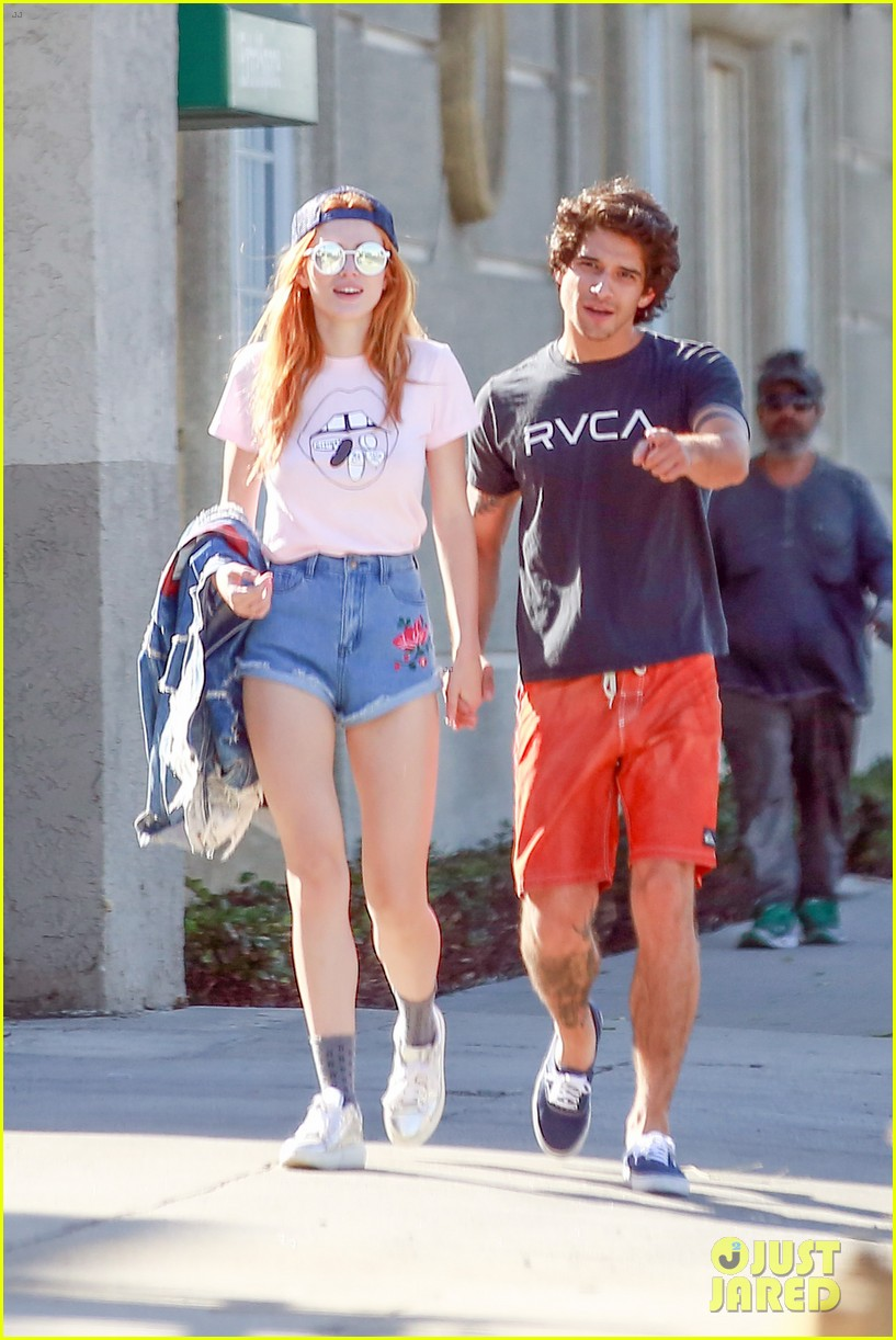 bella thorne tyler posey show off pda after tyler confirms crush 073776234