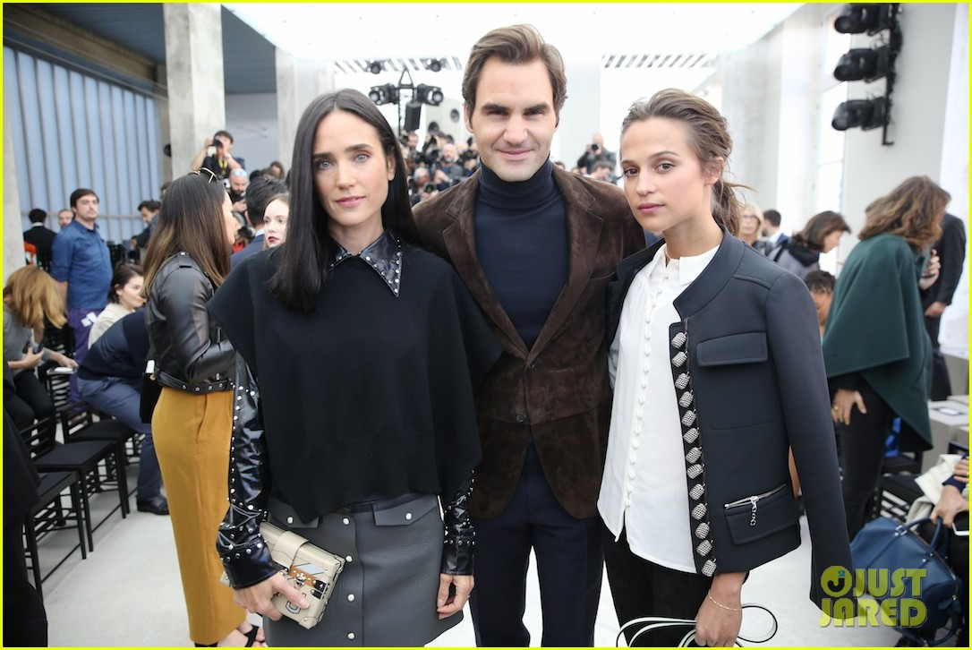 alicia vikander michelle williams caitriona balfe hit up louis vuitton paris 113778165