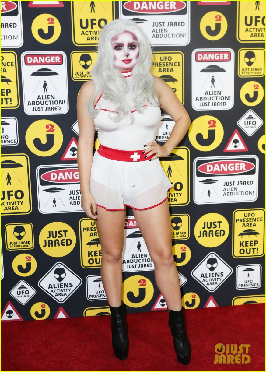 ariel winter just jared halloween party 013798348