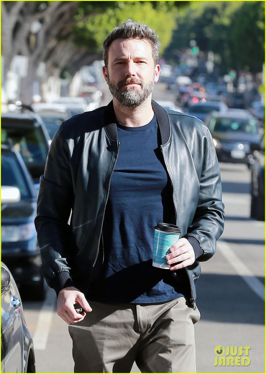 ben affleck jennifer garner grab breakfast amid latest rumors 023811857