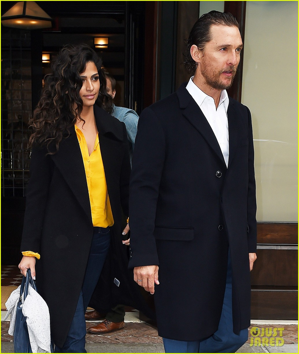 matthew mcconaughey camila alves step out for date night in nyc 033809691