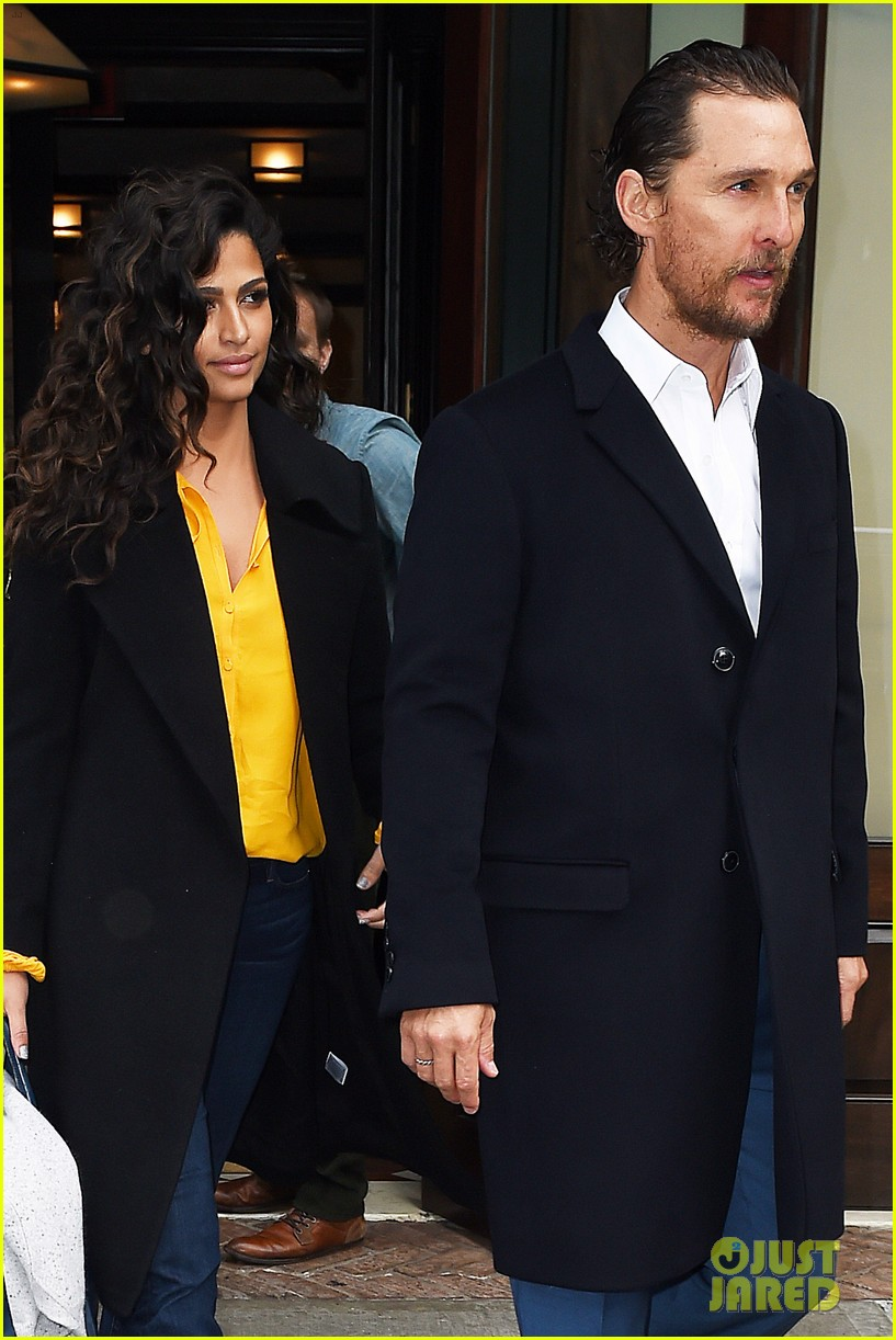 matthew mcconaughey camila alves step out for date night in nyc 123809700