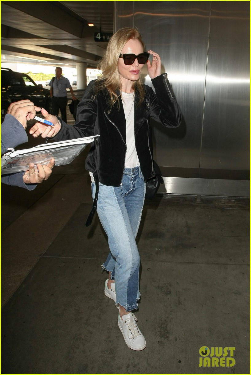 kate bosworth says shes too shy to take a belfie 043805485