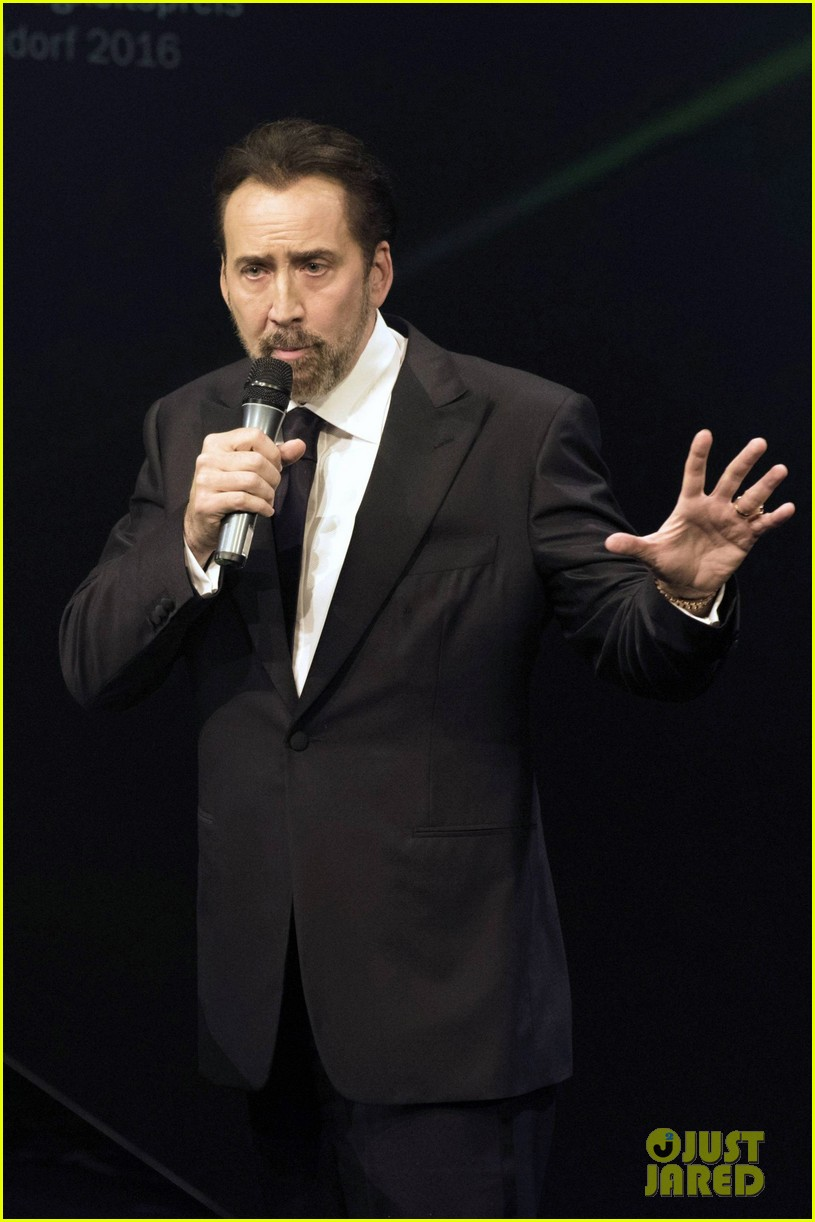 nic cage suits up for german sustainability awards 013815785