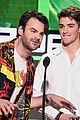the chainsmokers halsey american music awards 2016 18