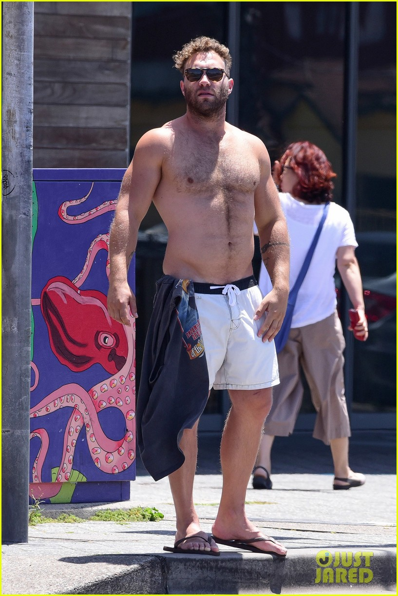 jai courtney looks so hot while shirtless with girlfriend mecki dent 063817486