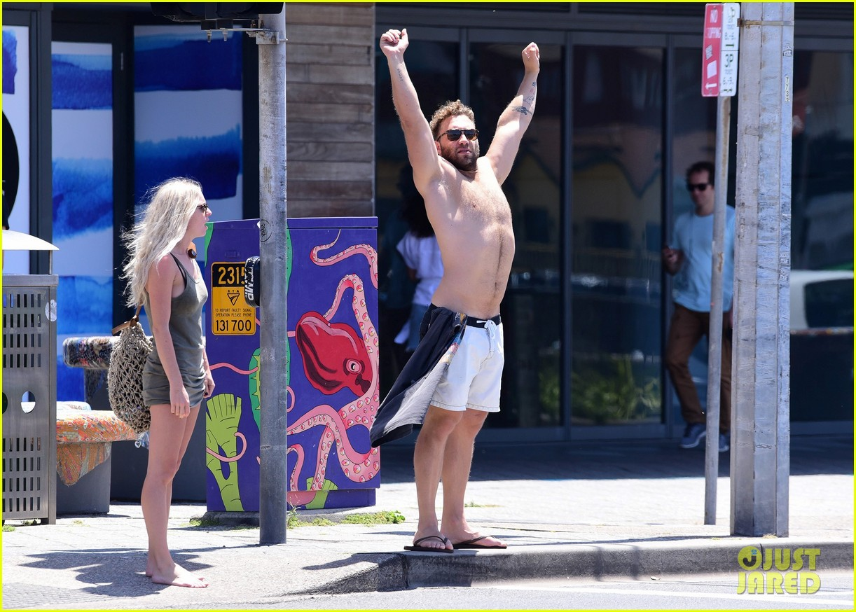 jai courtney looks so hot while shirtless with girlfriend mecki dent 083817488