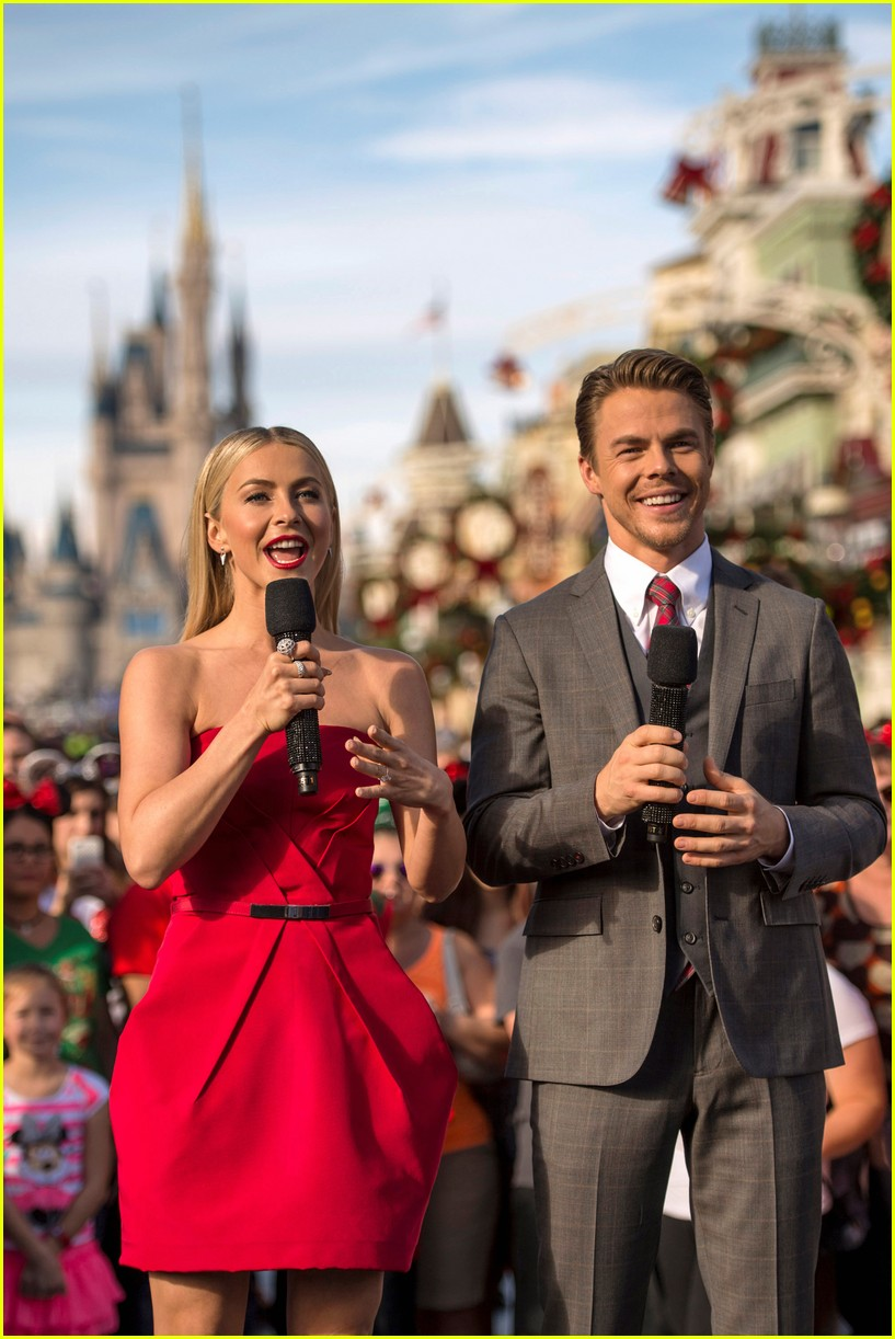 disney holiday celebration special 2016 full performers list 113814951