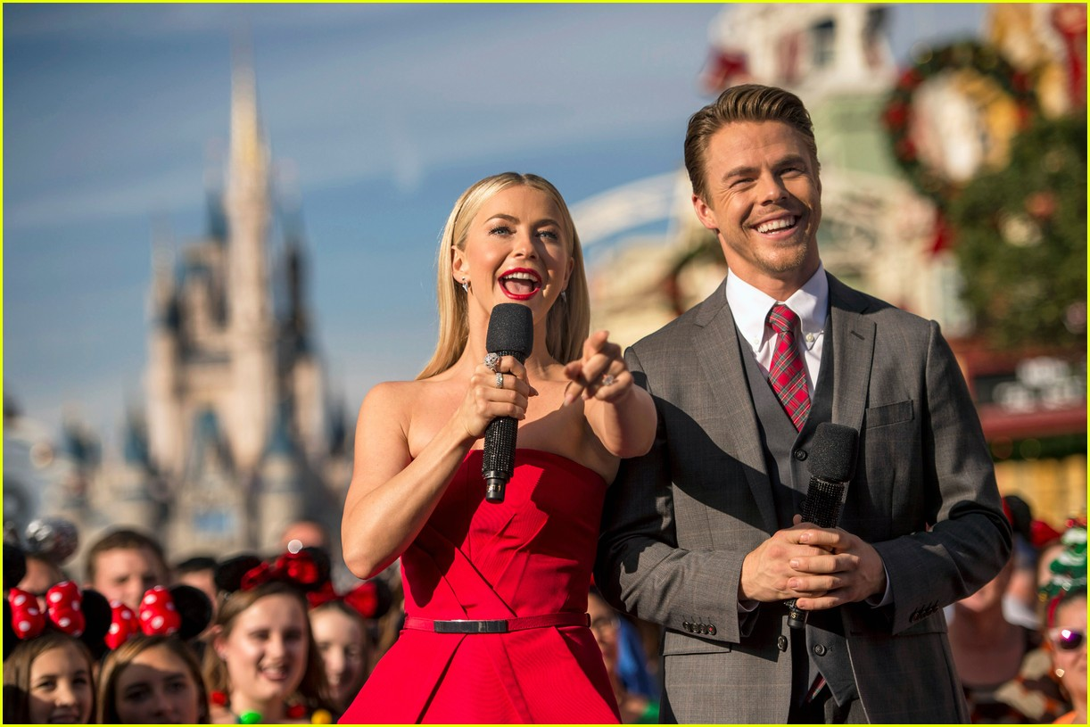 disney holiday celebration special 2016 full performers list 123814952