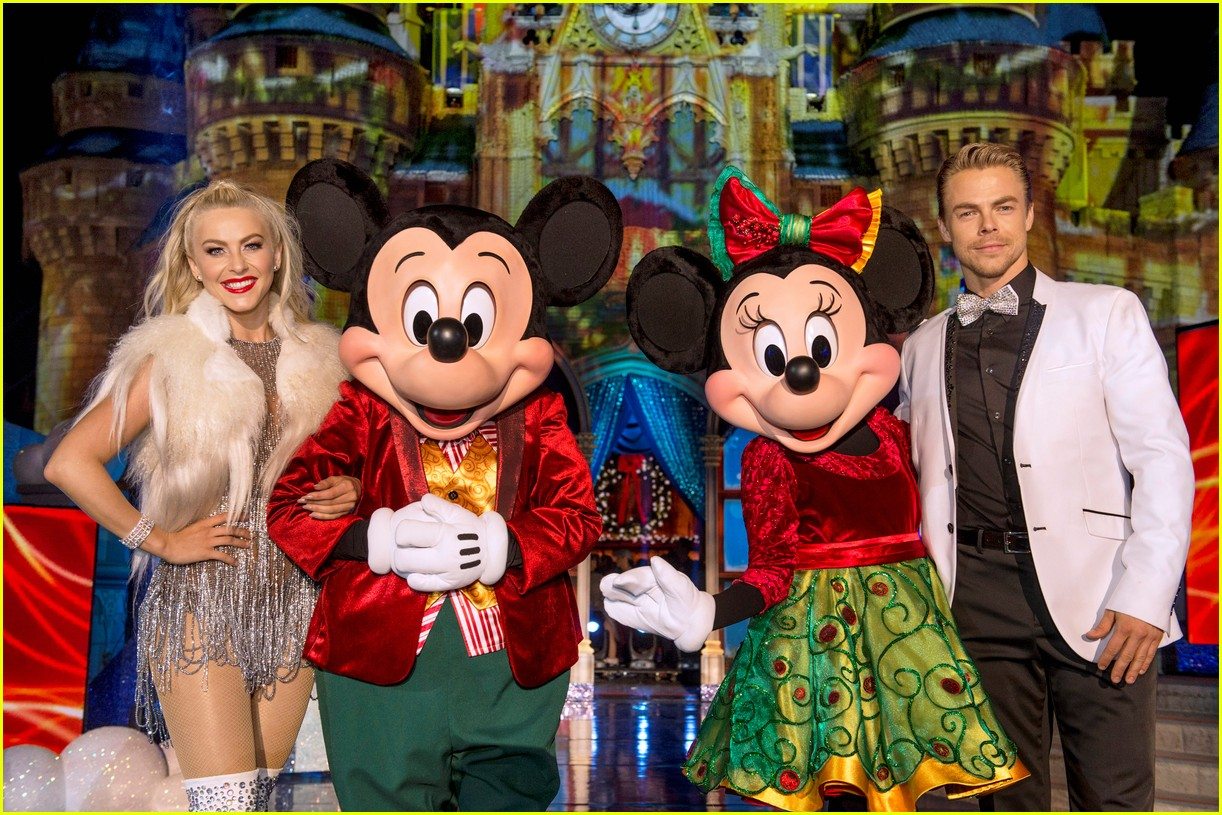 disney holiday celebration special 2016 full performers list 143814954