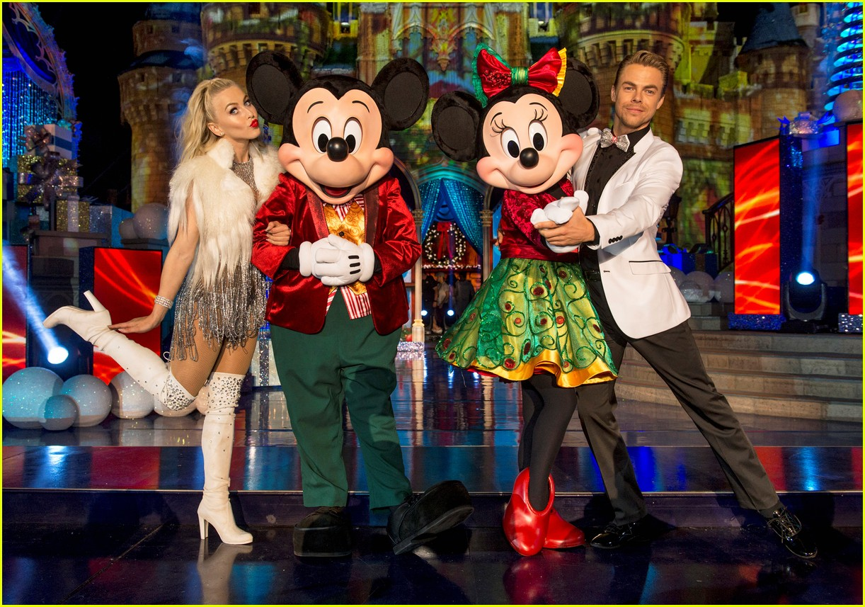disney holiday celebration special 2016 full performers list 163814956