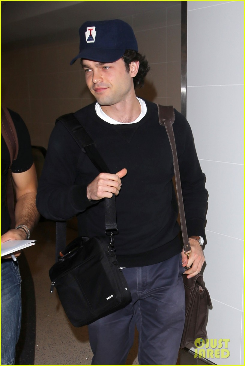 alden ehrenreich looks cool arriving at lax airport 013809707