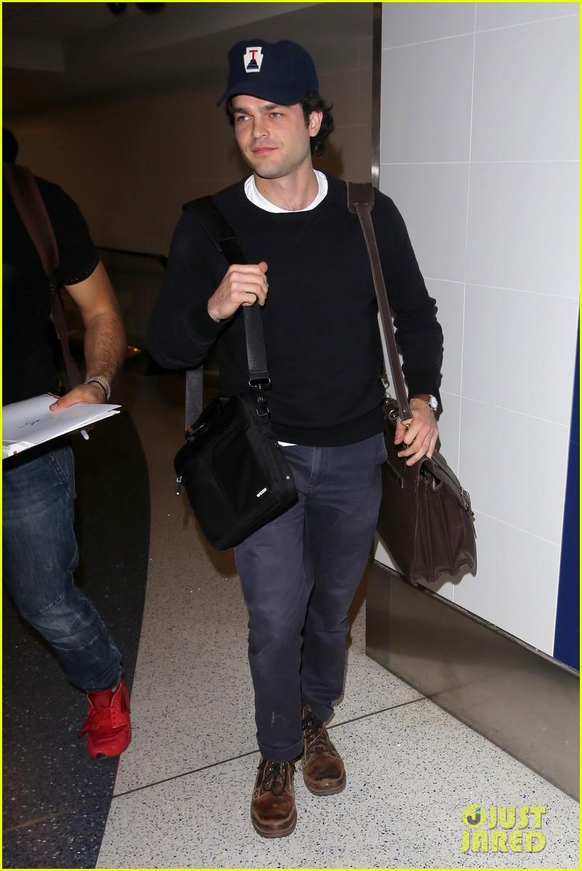 alden ehrenreich looks cool arriving at lax airport 023809708