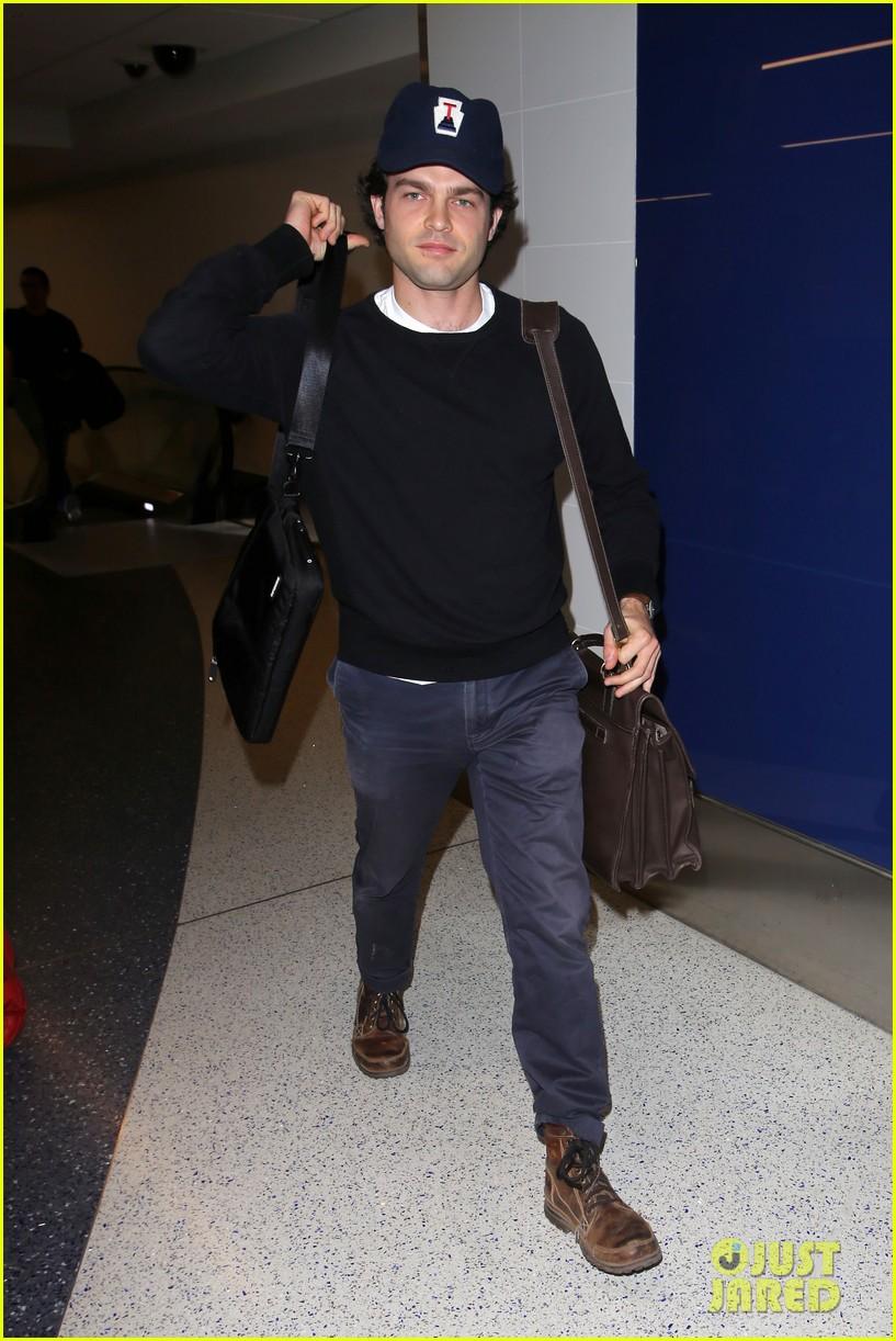 alden ehrenreich looks cool arriving at lax airport 063809712
